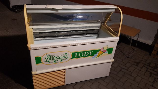 Lodówka witrynowa do lodów gałkowanych