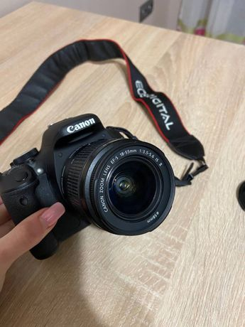 Фотоапарат Canon EOS 600D