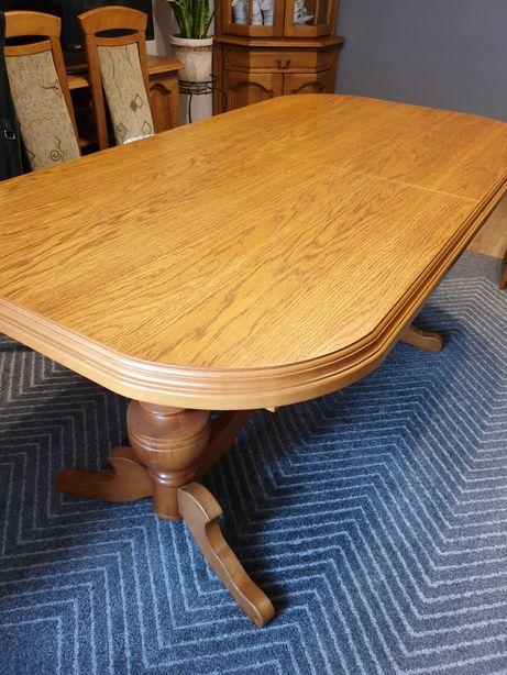 ...Dębowy stół...