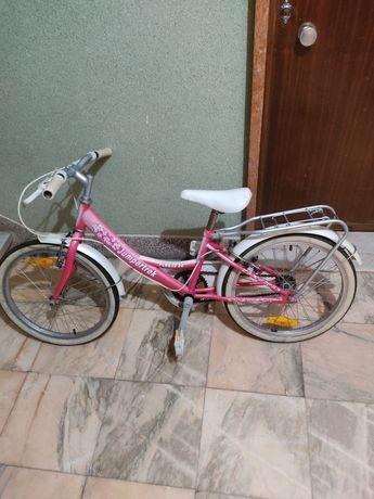 Bicicleta modelo clássico roda 20 com cesto