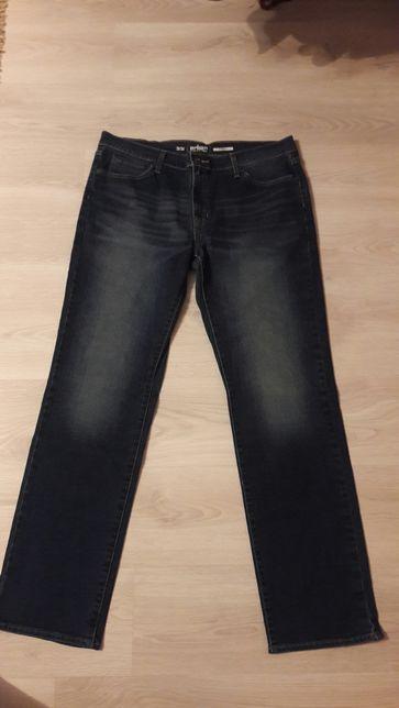 Spodnie jeansowe Urban Pipeune 36x34
