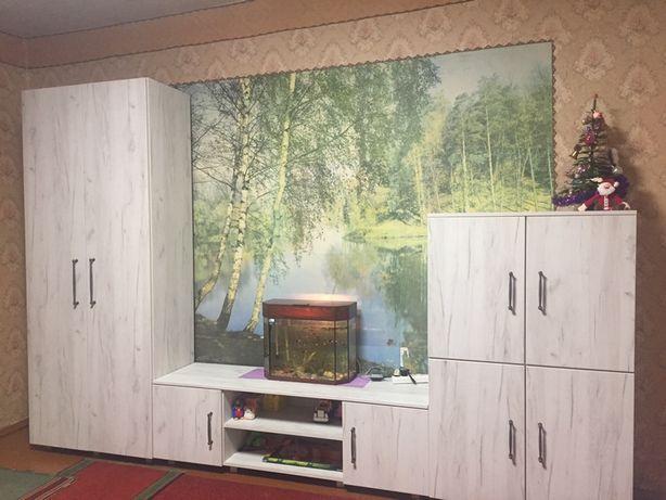 Продам мебельную стенку, стенку в гостиную