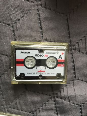 Mini kaseta olympus
