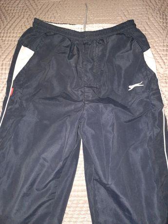 Spodnie dresowe sliskie Slazenger 9-10 lat 134-140cm