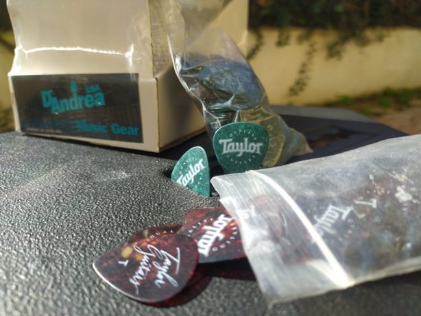 D'Andrea String Cleaner&Lubrificant e x10 Taylor Quality Guitars Picks