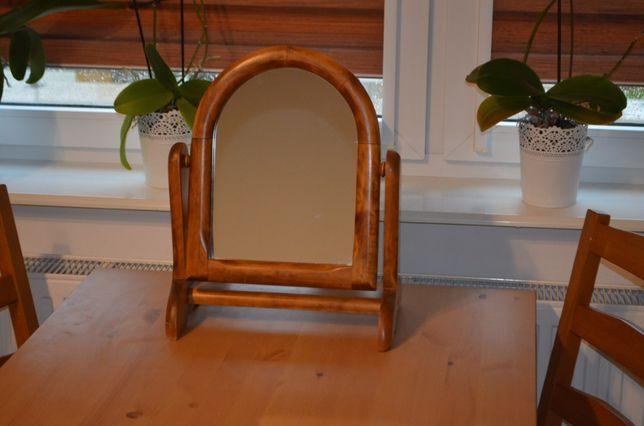 Lustro na obrotowej drewnianej ramce