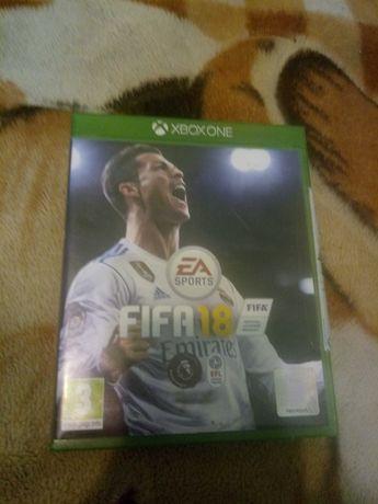Диск  FIFA 18 xbox one