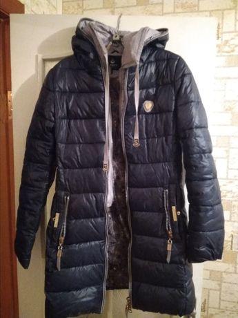 Продам пальто женское (холофайбер)