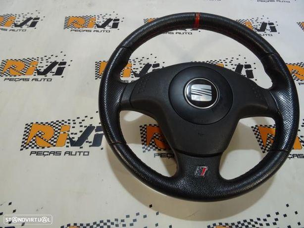 Volante Seat Ibiza Iii (6L1) Volante Seat Ibiza 6L Cupra
