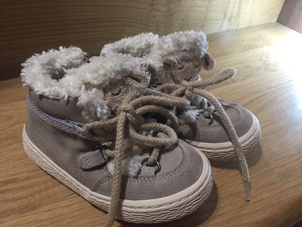 Buty zimowe trzewiki zara 24 dziewczynka kożuszek miś