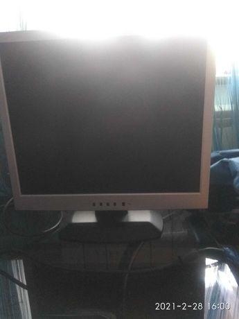 Монитор к компьютеру