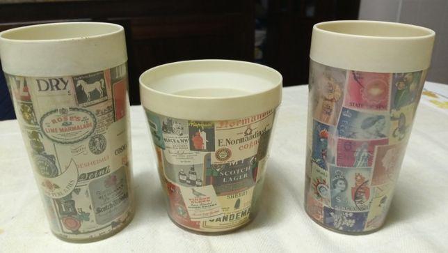 Copos em plástico - vintage - para coleção