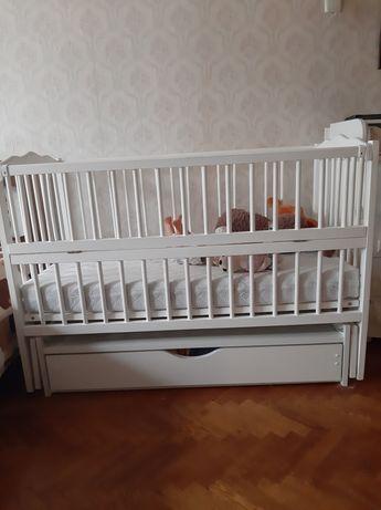 Кроватка маятник Дубок