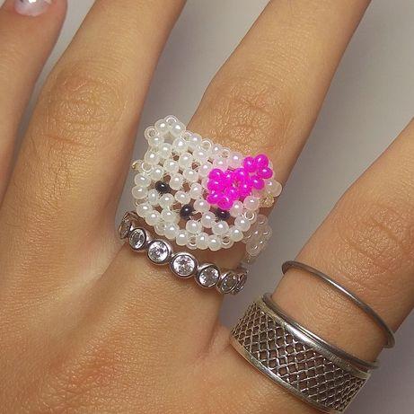 Кольцо с хеллоу Китти, Hello kitty