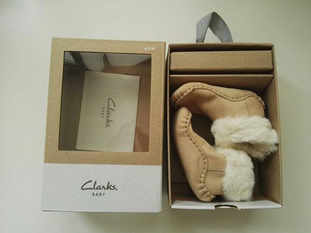 Buciki niechodki niemowlęce skóra Clarks nowe 10cm wkładka PREZENT