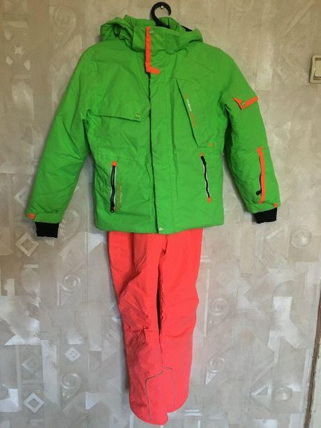 Лыжный костюм рост 134/140