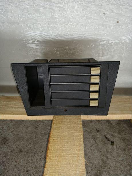 Schowek organizer na kasety bmw e21