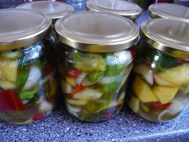 Warzywna sałatka na zimę - przetwory