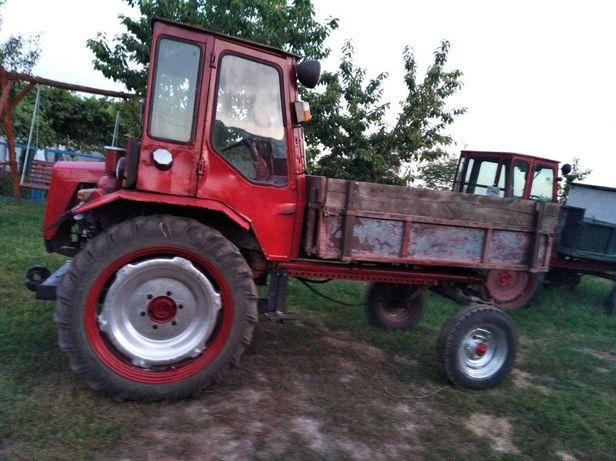 Продам трактор колісний