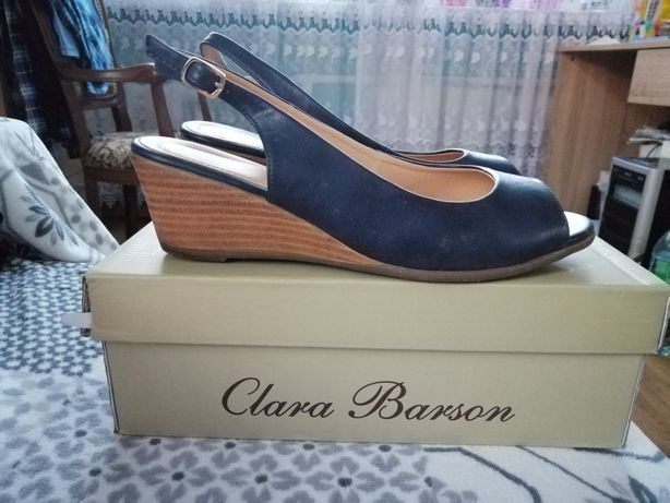 Sandałki Clara Barson CCC koturn obcas