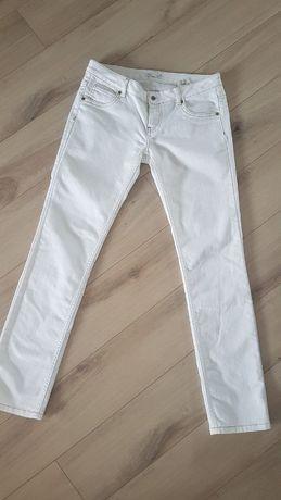 Jeansy białe spodnie M biodrówki