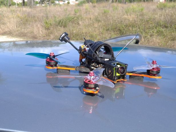 Drone freestyle / racing 5'' 250mm pronto a voar