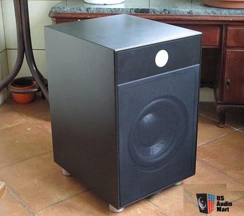 Audiofilski Subwoofer REL B3 Britannia