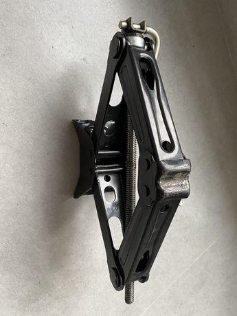 Домкрат,ключ,крюк, peugeot 3008