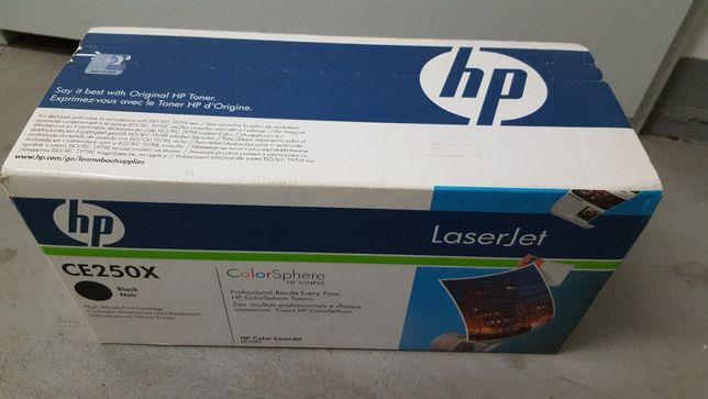 Toner HP CE250X , CP3525