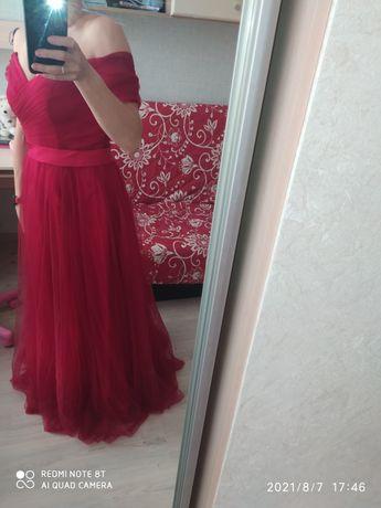 Платье свадебное, выпускное ,вечернее