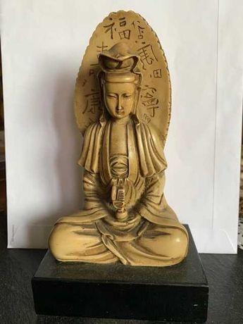 Estátua Oriental em ebonite