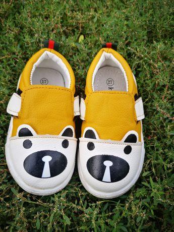 Ботинки, кроссовки, кеды