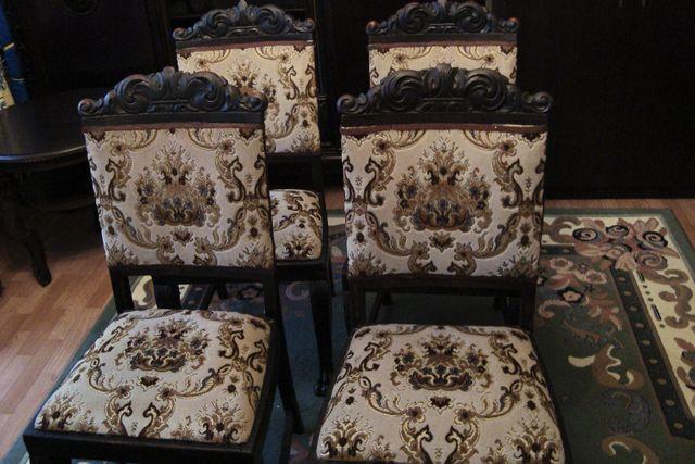 Stół i 4 krzesła na lwich łapach, antyk