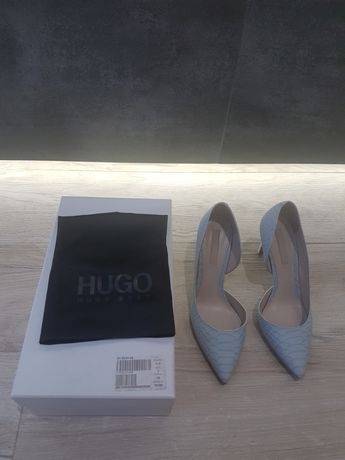 Hugo Boss szpilki błękit, włoska skóra 39