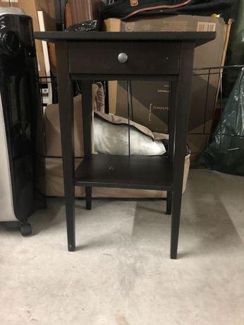 Mesa de cabeceira Ikea Hemnes em muito bom estado