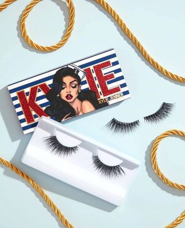 Накладные ресницы SAILOR Kylie Cosmetics, Кайли, Кайли Дженнер