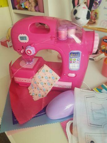 Maszyna do szycia dla dziewczynki
