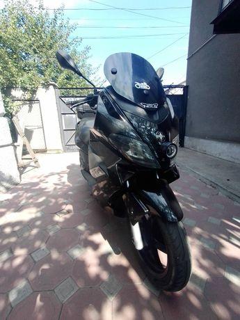 Gilera Nexus 300 макси скутер