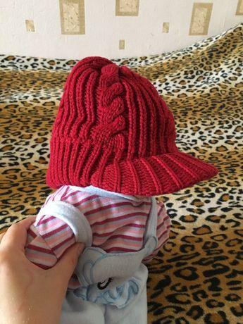 Тёплая демисезонная шапка с козырьком кепка Zara Зара