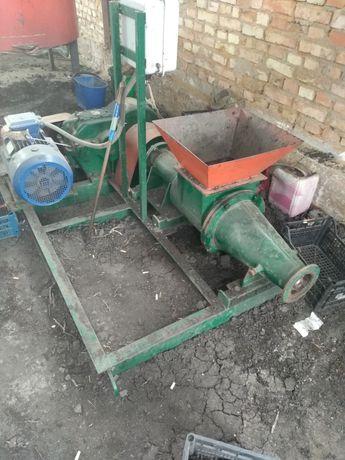 Оборудование для производства топливных брикетов и пеллет, комбикорма.