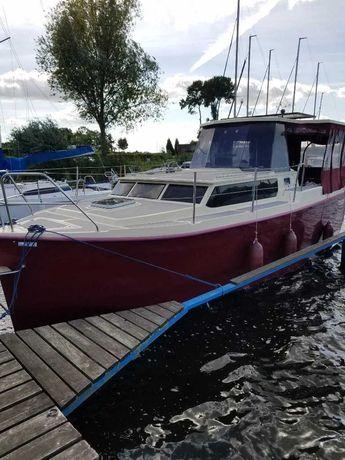 Czarter wynajem Mazury Jacht motorowy Houseboat Calipso750