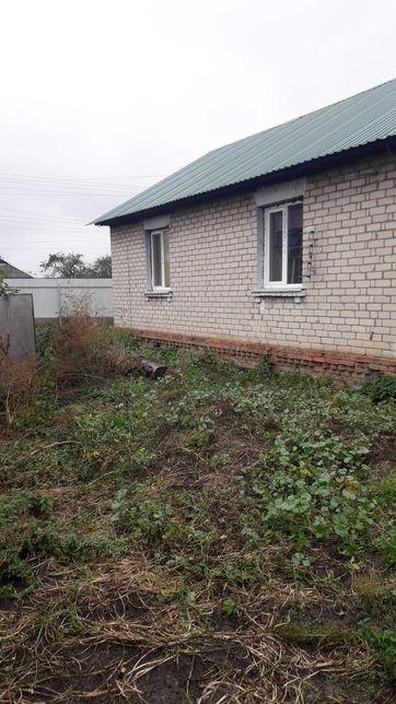 Дом в 18км. от Чернигова с удобствами в с.Роище.