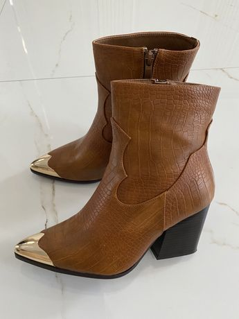 Ботинки , обувь, сапоги , козачки , каблук, сапожки