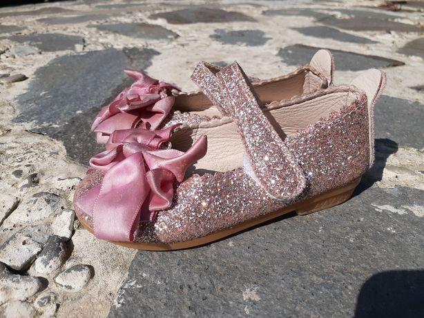 Взуття на рочок.22 розмір.Взуття для дівчинки