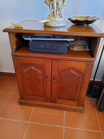 Movel de televisão em madeira maciça