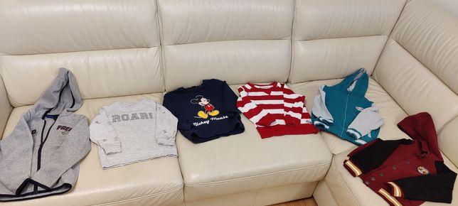 Bluzy w rozmiarze 104-116, HM, Reserved, Lupilu, Disney