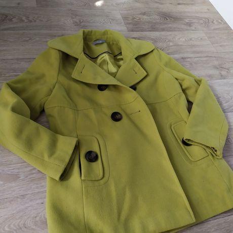 Зелёное пальто Wallis
