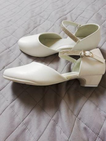 Nelli blu. Buty balerinki. Idealne na komunię. Nowe. 37