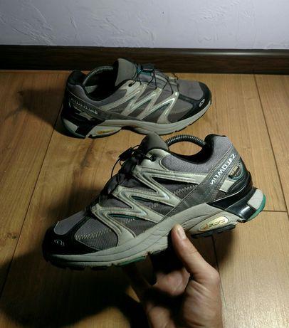 Трекинговые кроссовки Salomon зимние adidas lowa  gore tex merrelle