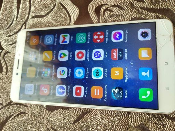 Продам Xiaomi mi max 2 4/64gb на востоновление или на запчасти!